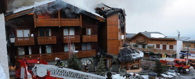Incendie mars 2011 Courchevel 1 550 (Photo - B.Flandin COMM-SDIS73)