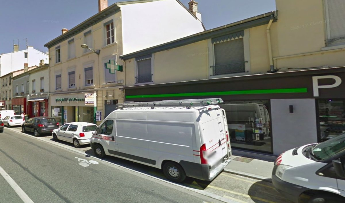 Lyon la 3e tentative d'incendie volontaire contre une boulangerie fait deux morts (Capture Google street view)