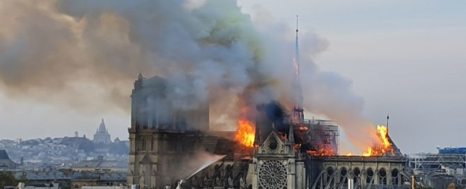 Incendie Notre-Dame de Paris (photo wikimedia - commons)