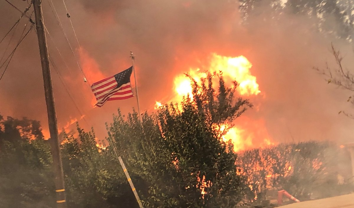 Les-négligences-coupables-d'une-entreprise-au-cœur-de-l'incendie-le-plus-meurtrier-des-États-Unis-photo-Forest-Service-USDA