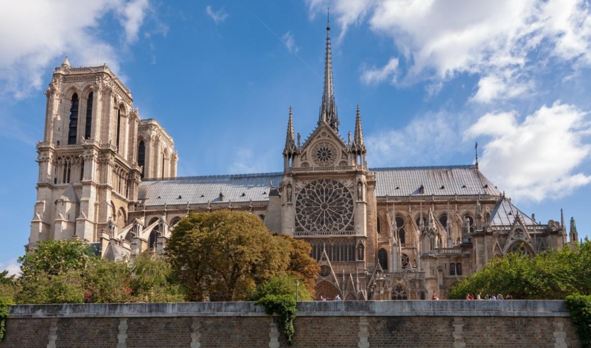Restauration de Notre-Dame (Photo avant incendie de iankelsall1 pixabay_commons)