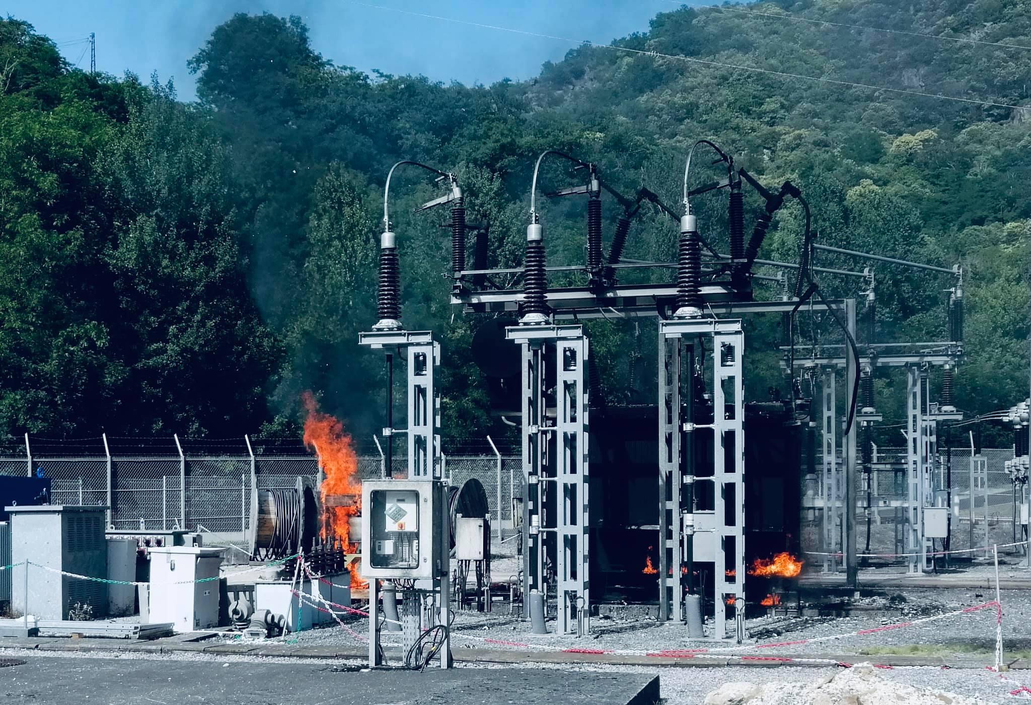 Incendie transformateur électrique (Photo Sdis19 Facebook).