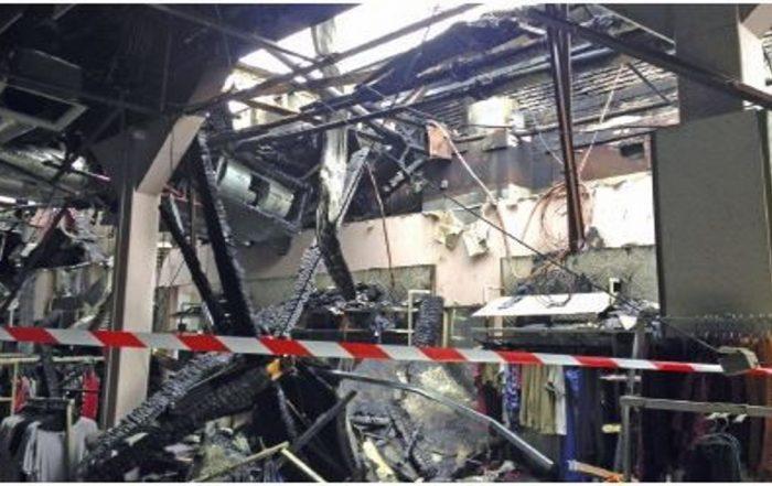 Incendie des Galeries Lafayette de Pau (Photo René Dosne Face au Risque). 1200 707.