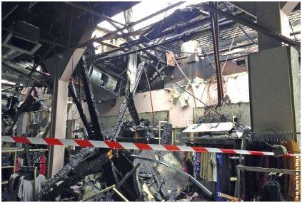 Incendie des Galeries Lafayette de Pau (Photo René Dosne Face au Risque).
