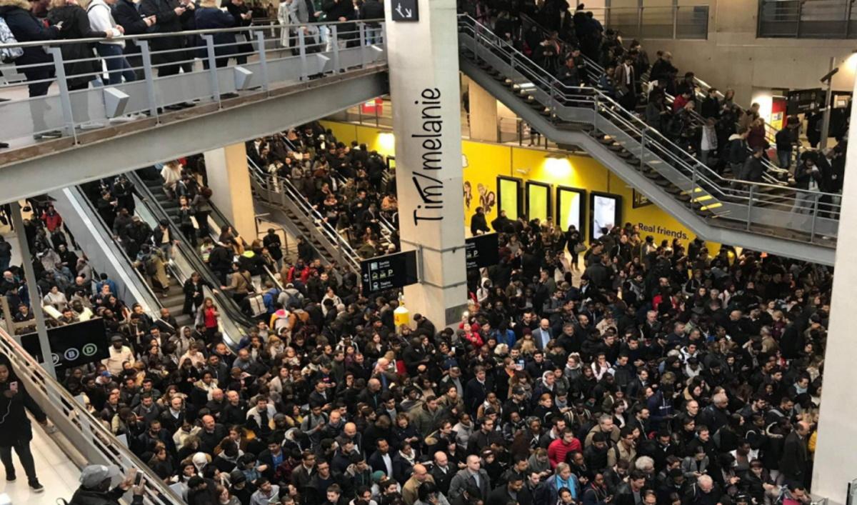 Grève SNCF inopinée, Gare du Nord. (Photo Tim.Disney.Dreame twitter).