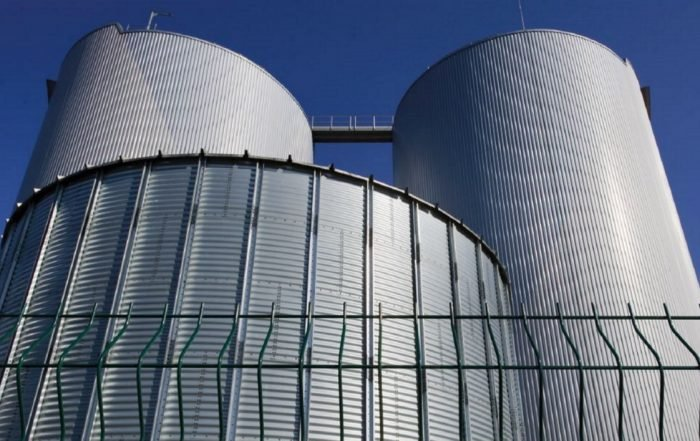 La réglementation Atex, illustrée par le digesteur de l'usine de méthanisation de Varennes-Jarcy. (Photo Laurent Mignaux _Terra).