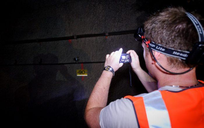 Santé au travail-exposition-radon-détecteur-mesure-crédit :Arnaud Bouissou/Terra