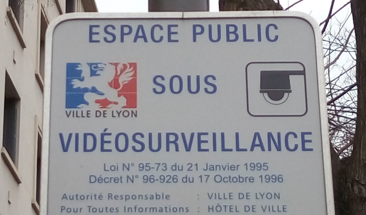 Videosurveillance (Photo d'illustration Sebleouf_wikimedia commons).