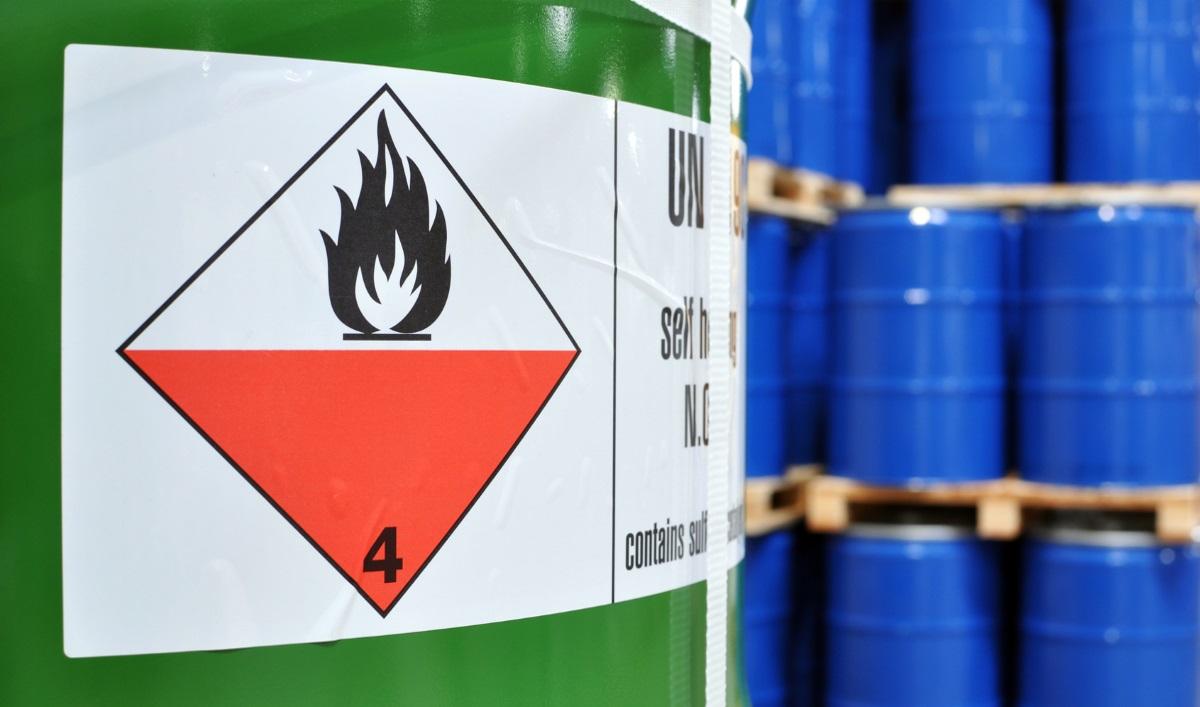 Lubrizol-Réglementation-Entrepôt-Produits-inflammables-crédit photo : industrieblick-Fotolia.com